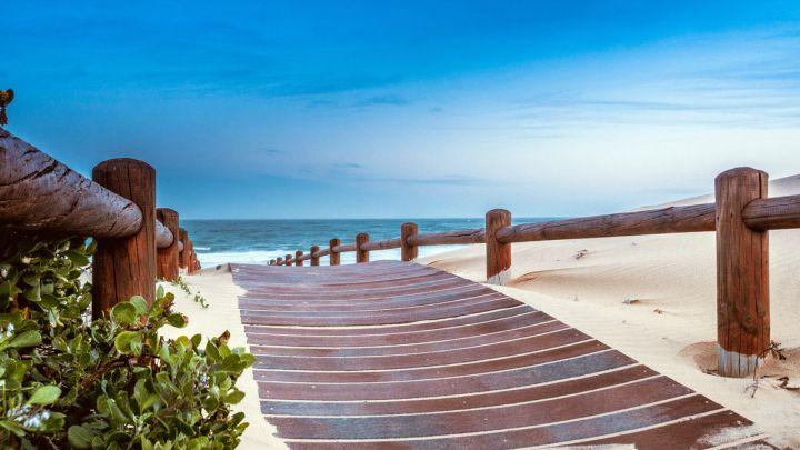 beach-1129086_1280.jpg